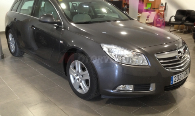 OPEL-INSIGNIA-SPORTS-TOURER-2.0-CDTi-EDITION