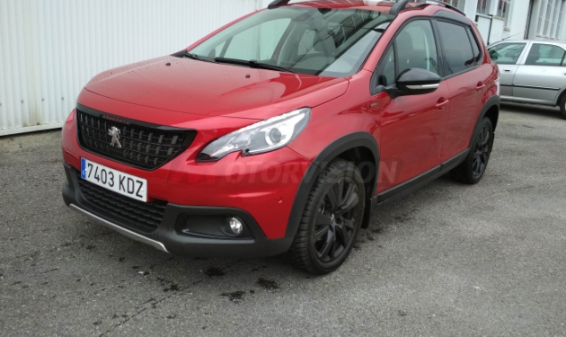 PEUGEOT-2008--GT-LINE-1.2-PURE-TECH-110-CV-EAT6